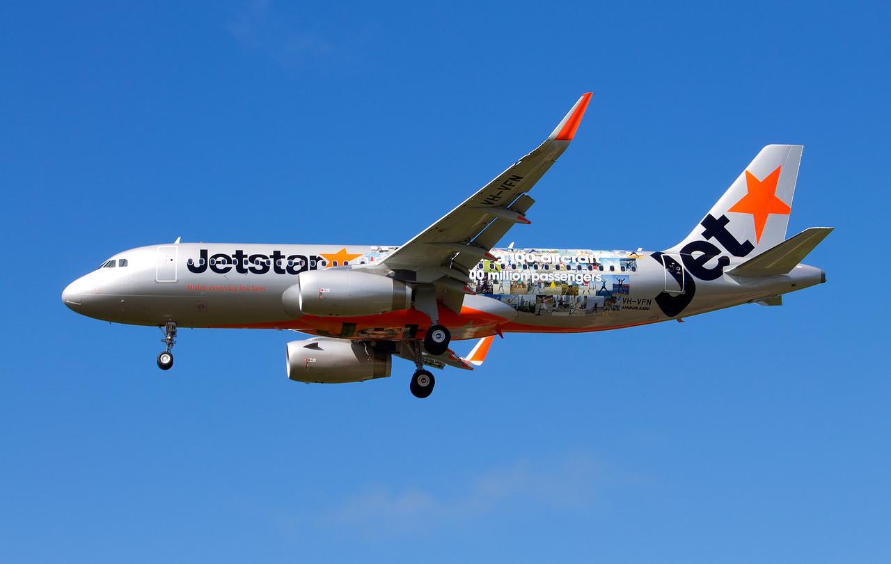 VH-VFN JETSTAR A320