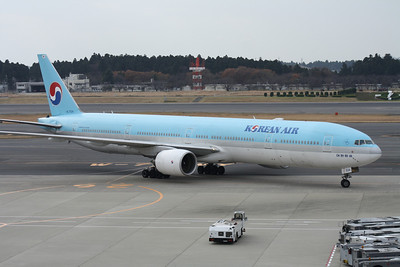 HL7534 KOREAN AIR 777-300