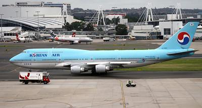 HL-7478 KOREAN AIR B747-400