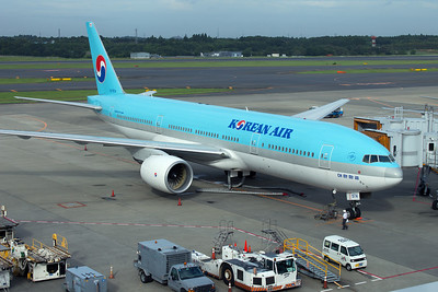 HL7574 KOREAN AIRLINES B777-200