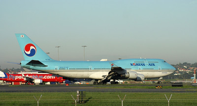 HL-7402 KOREAN AIR B747-400