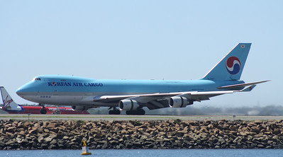 HL-7467 KOREAN AIR CARGO B747-400F