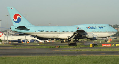 HL7473 KOREAN AIR B747-400