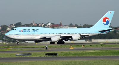 HL-7473 KOREAN AIR B747-400