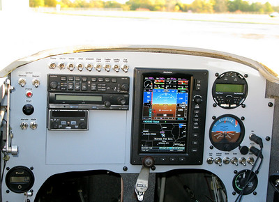 Totally bitchin Garmin G3X panel in the LongEZ.