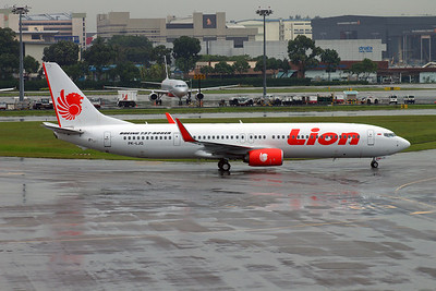 PK-LJG LION B737-800