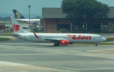 HS-TLK LION B737-900