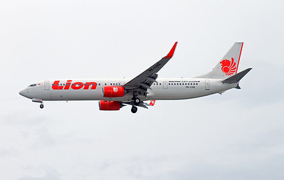 PK-LHZ LION B737-800