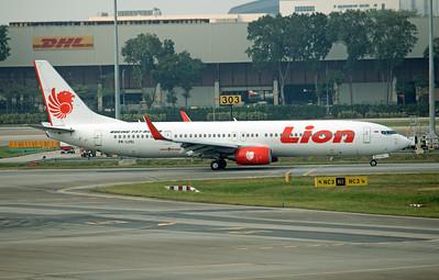 PK-LHU LION B737-800