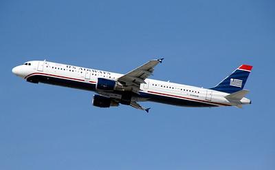 N199UW US AIRWAYS A321