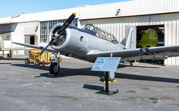 1944 Bt-13B Valiant