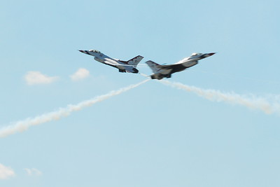 Lockheed Martin F-16 Fighting Falcon - Thunderbirds - McConnell Air Force Base - Open House 2010 - Wichita, Kansas - Photo Taken September 26, 2010