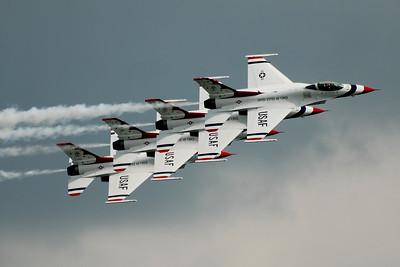 Lockheed Martin F-16 Fighting Falcon - Thunderbirds - Rockford Airfest - Rockford, Illinois - Photo Taken: July 31, 2010