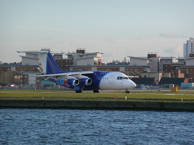 London City Airport (02-02-2008)