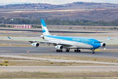 LV-CSX. Airbus A340-313. Aerolineas Argentinas. Madrid. 121014.