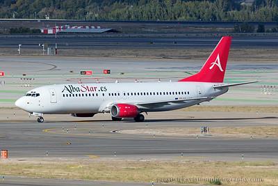 EC-LNC. Boeing 737-4K5. AlbaStar. Madrid. 121014.