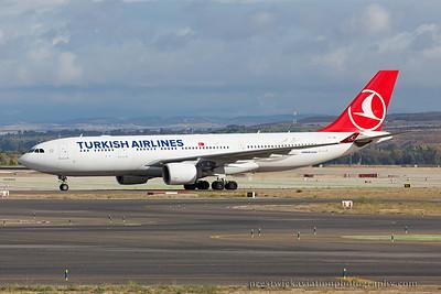 TC-JIR. Airbus A330-223. Turkish Airlines. Madrid. 121014.