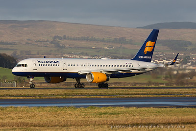 TF-FIV. Boeing 757-208. Icelandair. Glasgow. 301214.