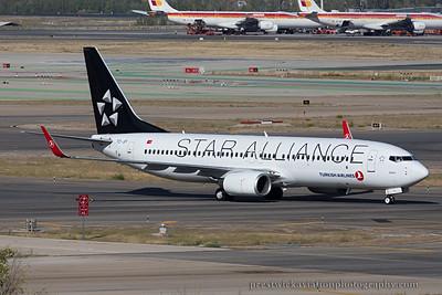 TC-JFI.  Boeing 737-8F2. Turkish Airlines. Madrid. 121014.