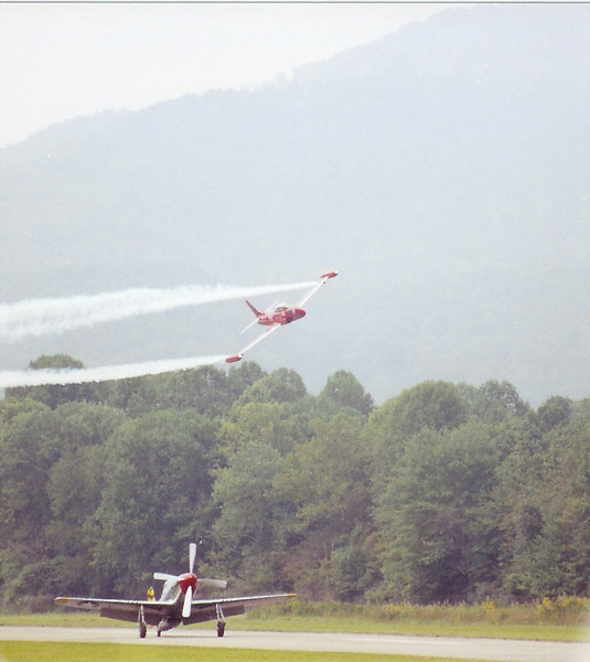 """September 2004 - Labor Day Air Show - Middlesboro, KY - P-51D and T-33 """"Red Knight"""""""