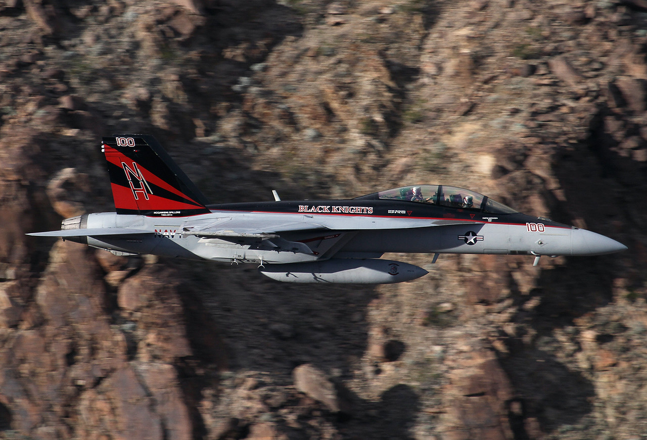 USA - Navy Boeing F/A-18F Super Hornet   Rainbow Canyon  USA - California, November 5, 2015 Reg: 166873 Code: NH-100 Cn: F203 The bossbird of VFA-154 is descending very low and fast into the canyon. Black Knights rule!