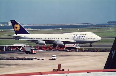 D-ABVD LUFTHANSA B747-400