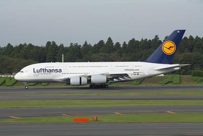 Lufthansa Airbus A380-800 D-AIME