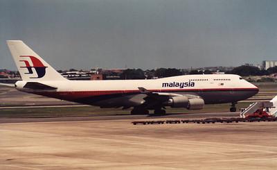 9M-KHN MALAYSIA B747-400