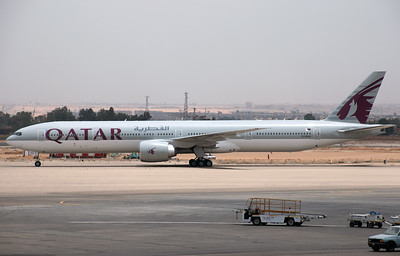 A7-BAS QATAR B777-300