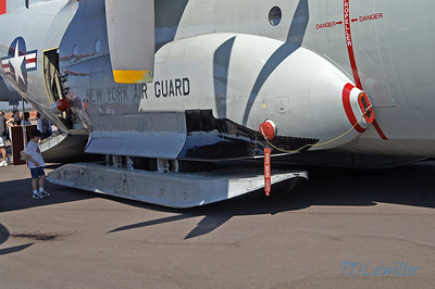 MacDill 2010   LC-130 snow skis and tire