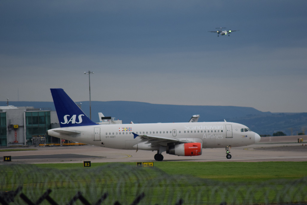 Scandinavia Airlines Airbus A320 OY-KBT