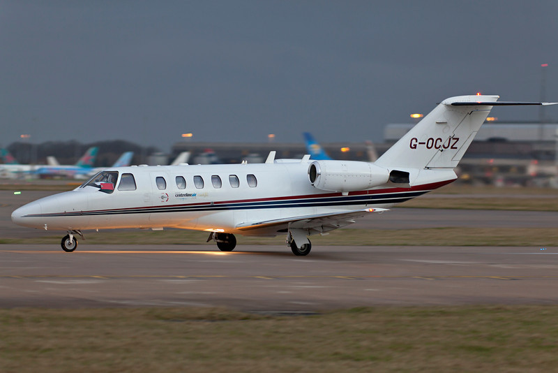 G-OCJZ Citation rolling at first light 1/125 at F2.8