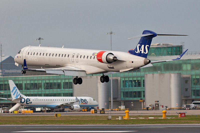 OY-KFL SAS CRJ's are not common visitors to Manchester