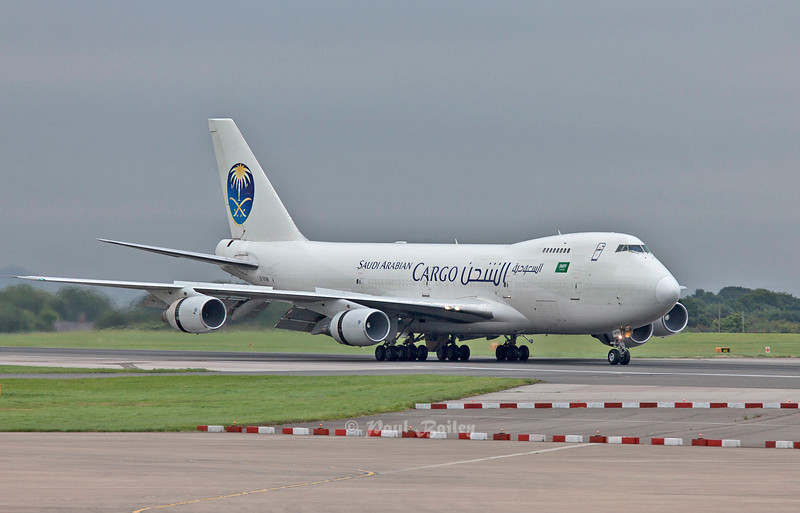 EK 74799 Rare visitor to Manchester of a 747 classic