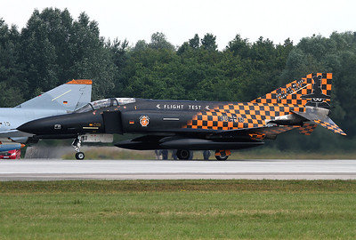 Germany - Air Force McDonnell Douglas F-4F Phantom II Ingolstadt - Manching (ETSI) Germany, June 28, 2013 Reg: 3813 / Cn: 4644 Don't let me die, I want to fly.... The Phantom of the German Flight Test Center WTD 61 is wearing nice, special colours for her retirement in July 2013.
