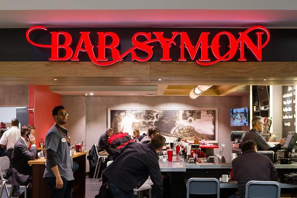 Bar Symon at Washington Dulles International Airport