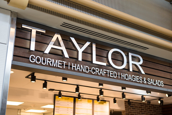 Taylor Gourmet at DCA (Storefront)