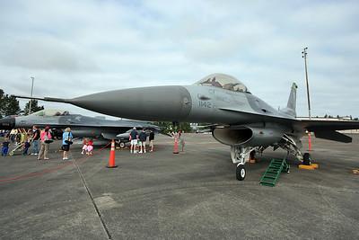 F-16 (100465972)