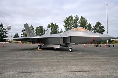 F-22 (100465973)