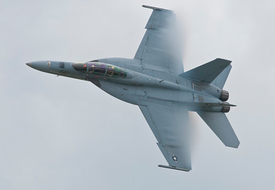 F/A-18F - Super Hornet high speed pass