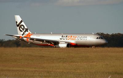 VH-VGY JETSTAR A320