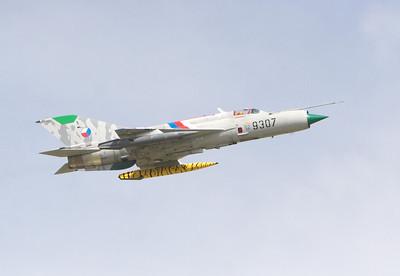 MiG-21_5-2_5765
