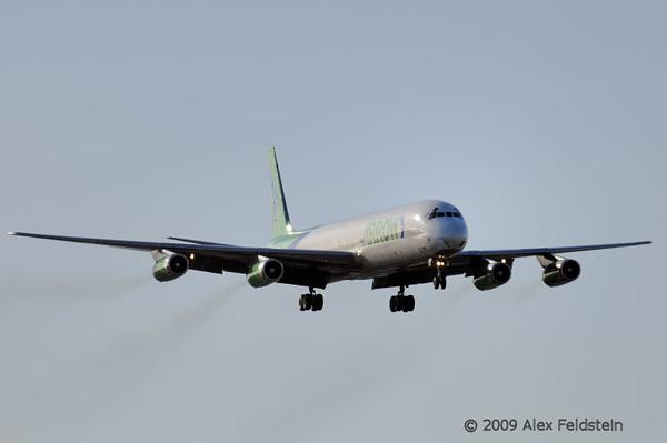 Arrow Cargo DC-8