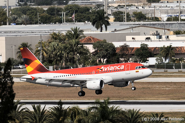 Avianca Airbus landing at Miami International (KMIA)