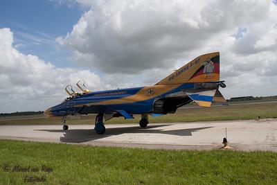 F -4 F  Phantom  !!-147