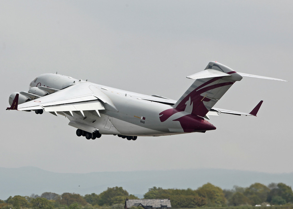 A7-MAB Boeing C-17 Globemaster III (Manchester Airport) Qatar Emiri Air Force [9]