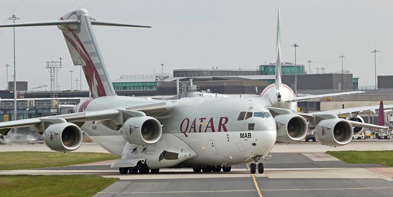 A7-MAB Boeing C-17 Globemaster III (Manchester Airport) Qatar Emiri Air Force [3]