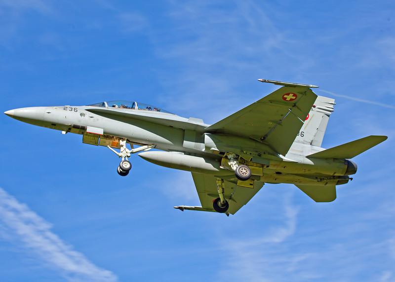Hornet Approach [5]