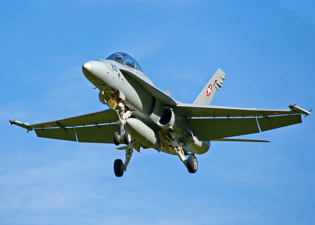 Hornet Approach [4]