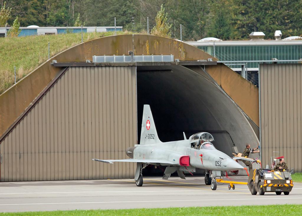 F5 Hangar